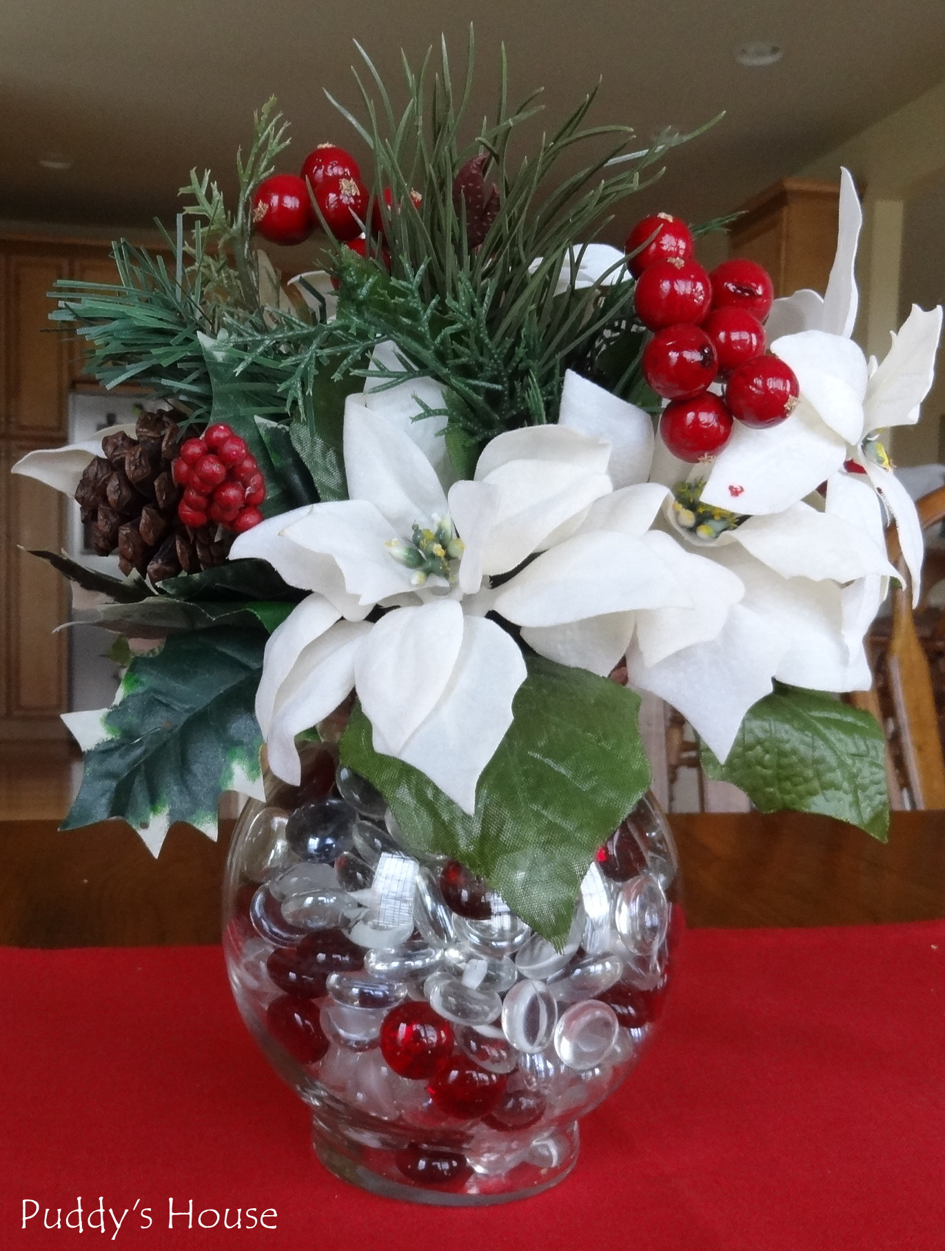 Decorating Ideas > DIY Christmas Decorations – Poinsettia Centerpiece – Puddy  ~ 233246_Christmas Craft Ideas For Table Decorations