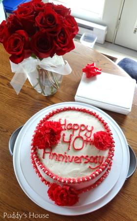 Anniversary - 40th anniversary cake and flowers