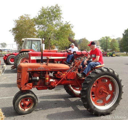 Tractor Ride - starting the engines