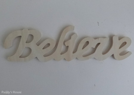 DIY Christmas Wreaths - Believe wooden letters