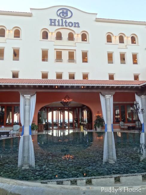 Cabo - Hilton lobby area