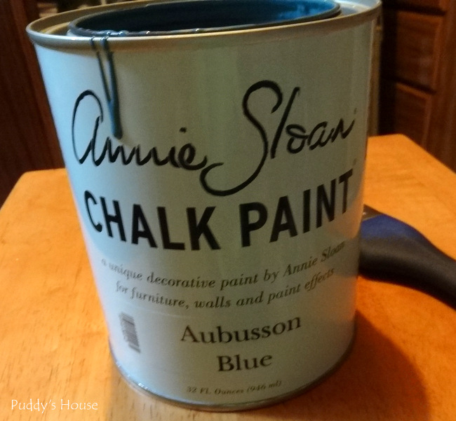 DIY Plant Stand Makeover - aubusson blue annie sloan