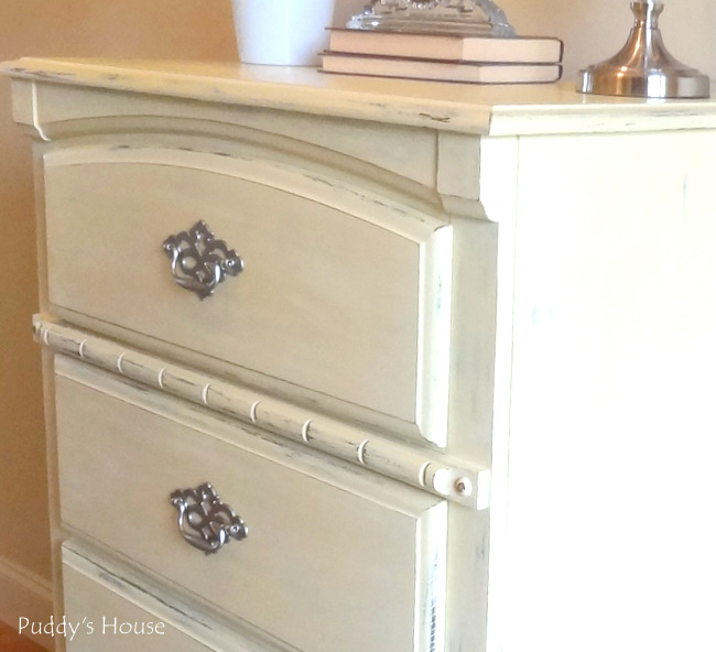 chalk paint dresser makeover 3
