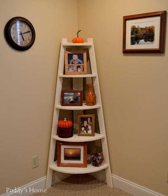 Fall Home Tour - Corner shelf