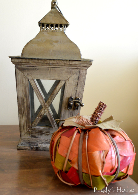 Fall Home Tour -  Vignette - lantern leaf pumpkin