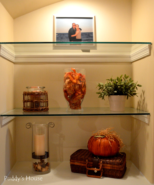 Fall Home Tour - built in shelves right side (2)