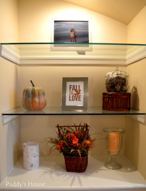 Fall Home Tour - built in shelves right side