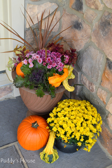 fall porch decor - right side