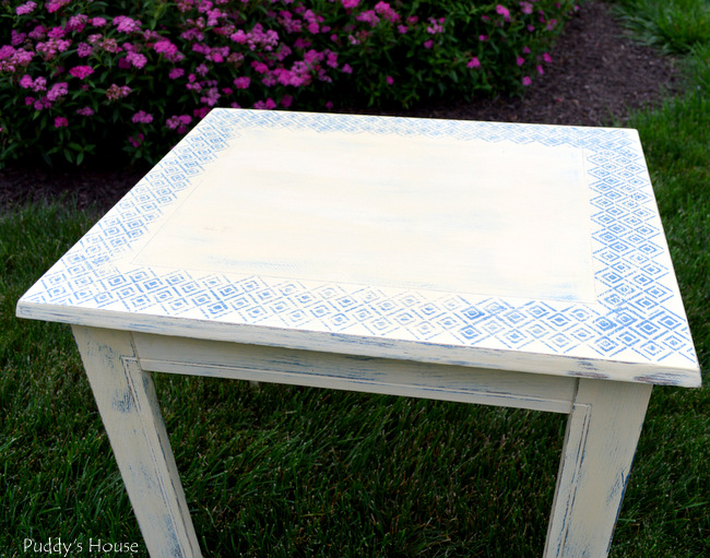stenciled end table - after 4