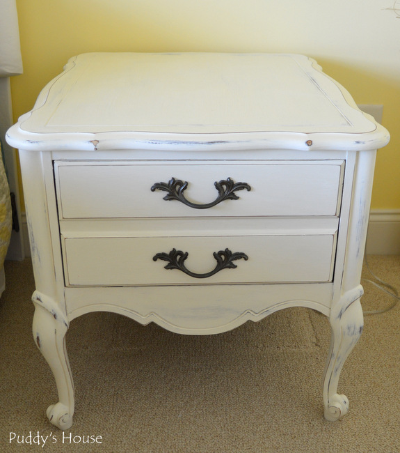Chalk Paint Nightstands - after
