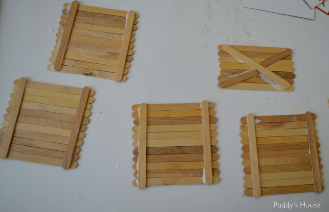 DIY mini pallet ornaments - glued together