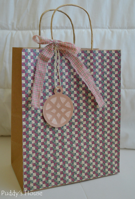 DIY gift bag - geometric