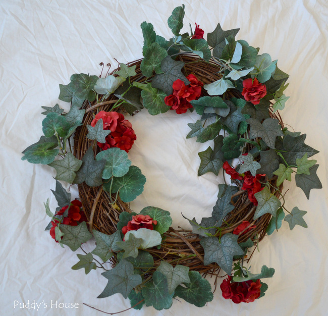 DIY Winter Wreath - before