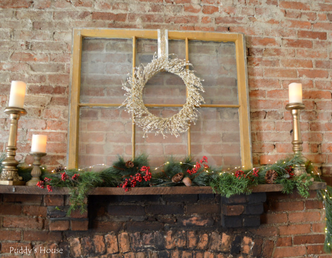 christmas kitchen mantel up close